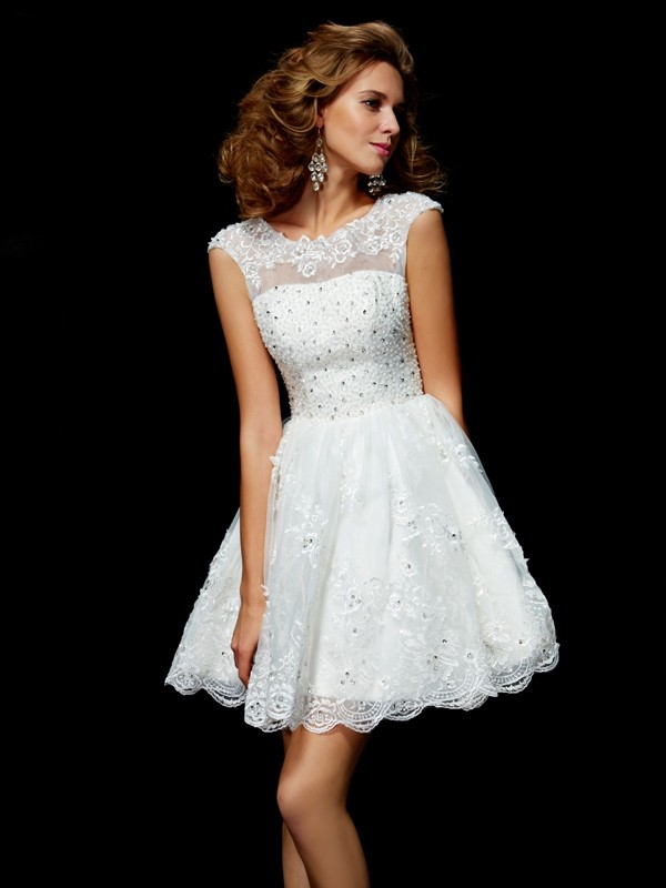 A-Line/Princess V-neck Short Sleeves Applique Short Organza Dresses