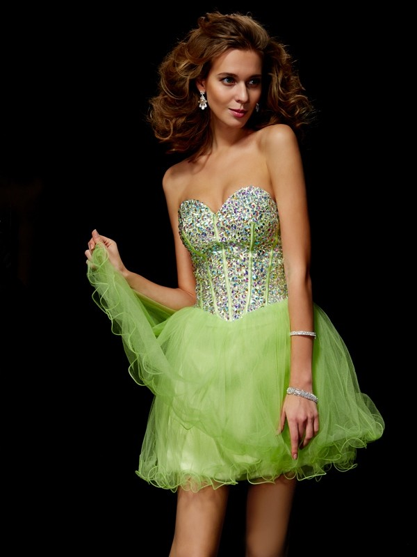 A-Line/Princess Sweetheart Sleeveless Sequin Beading Short Elastic Woven Satin Dresses