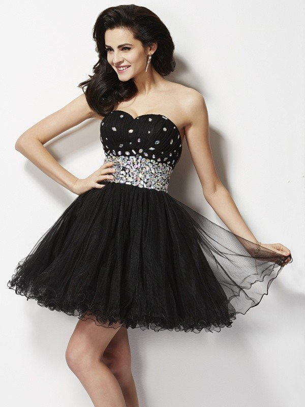 A-Line/Princess Sweetheart Sleeveless Beading Sequin Short Elastic Woven Satin Dresses