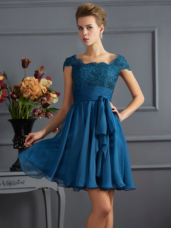 A-Line/Princess Scoop Short Sleeves Lace Short Chiffon Bridesmaid Dresses