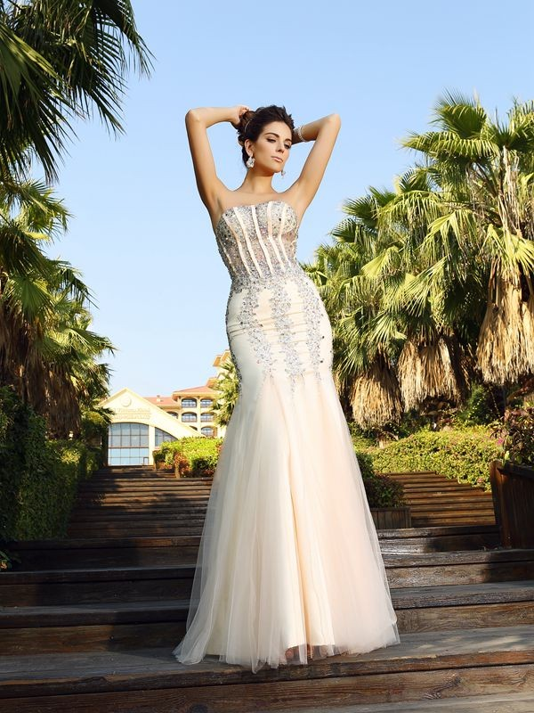 Trumpet/Mermaid Strapless Beading Sleeveless Long Satin Dresses