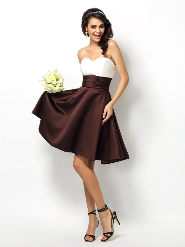 A-Line/Princess Sweetheart Pleats Sleeveless Short Satin Bridesmaid Dresses