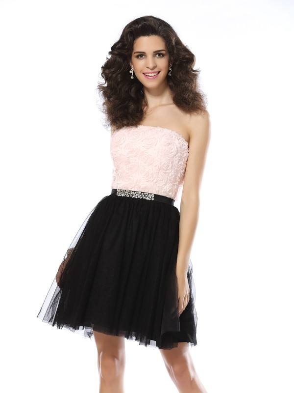 A-Line/Princess Strapless Sleeveless Short Tulle Cocktail Dresses