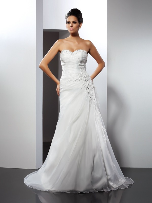 A-Line/Princess Sweetheart Applique Sleeveless Long Organza Wedding Dresses