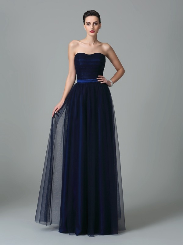 A-Line/Princess Sweetheart Ruffles Sleeveless Long Net Bridesmaid Dresses