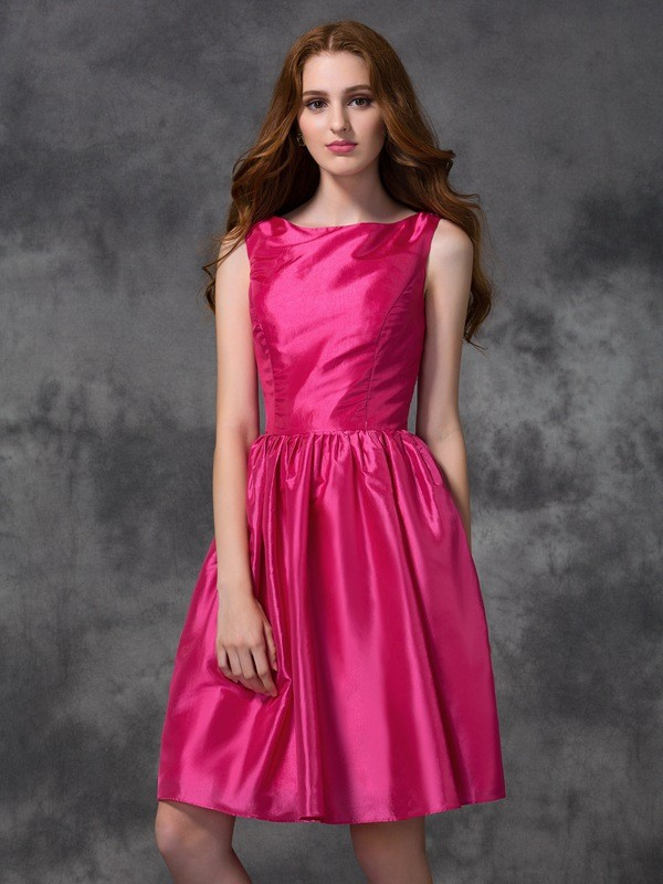 A-line/Princess Bateau Ruched Sleeveless Short Taffeta Bridesmaid Dresses