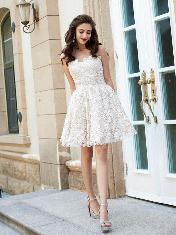 A-Line/Princess Sweetheart Sleeveless Rhinestone Short/Mini Lace Dresses