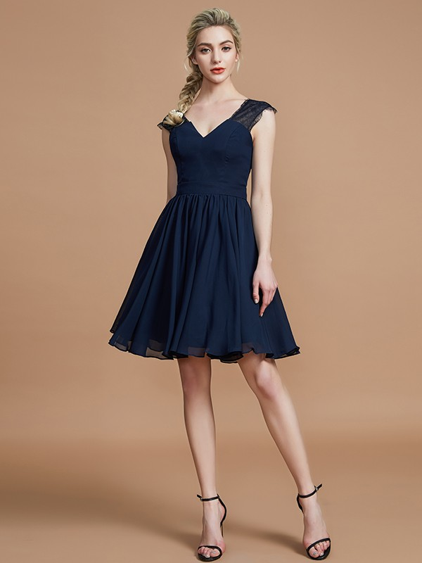 A-Line V-neck Chiffon Knee-Length Bridesmaid Dresses