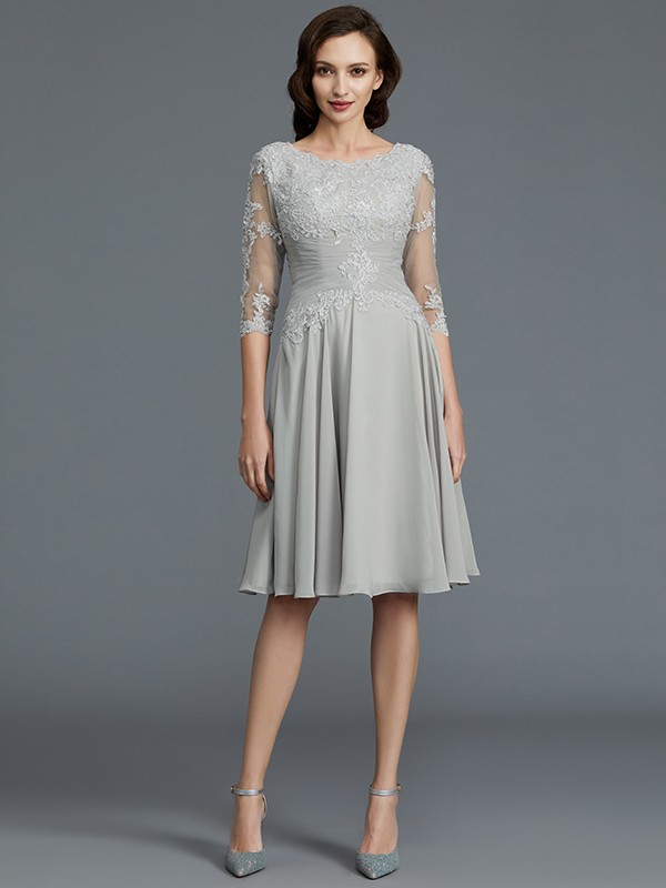 A-Line 1/2 Sleeves Scoop Knee-Length Applique Chiffon Mother of the Bride Dresses