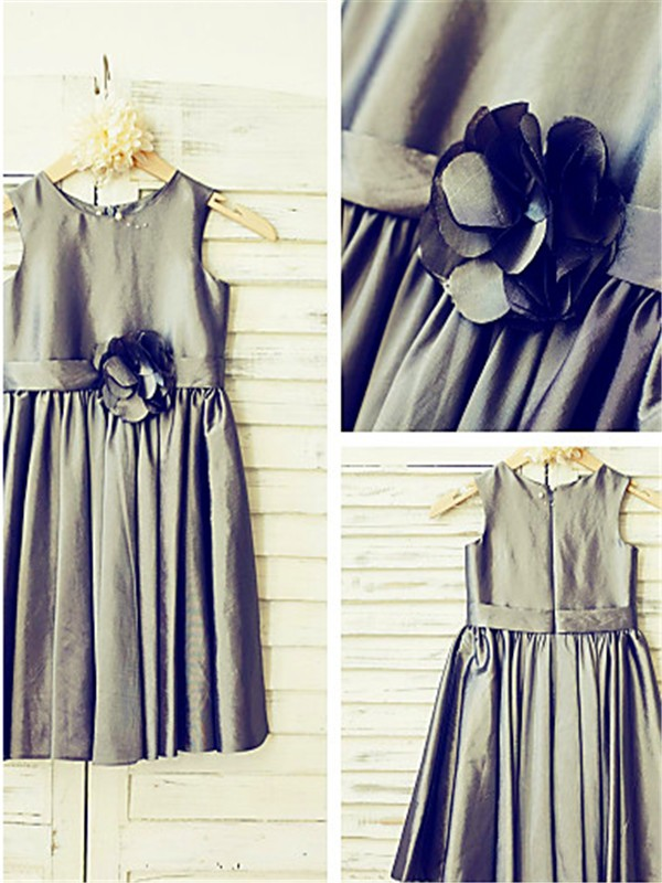 A-line Tea-Length Scoop Sleeveless Satin Flower Girl Dress
