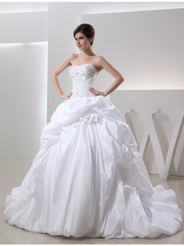 Ball Gown Beading Sleeveless Long Taffeta Wedding Dresses