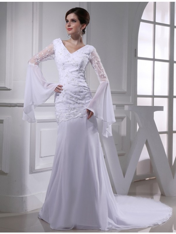 Trumpet/Mermaid Beading V-neck Chiffon Long Wedding Dresses