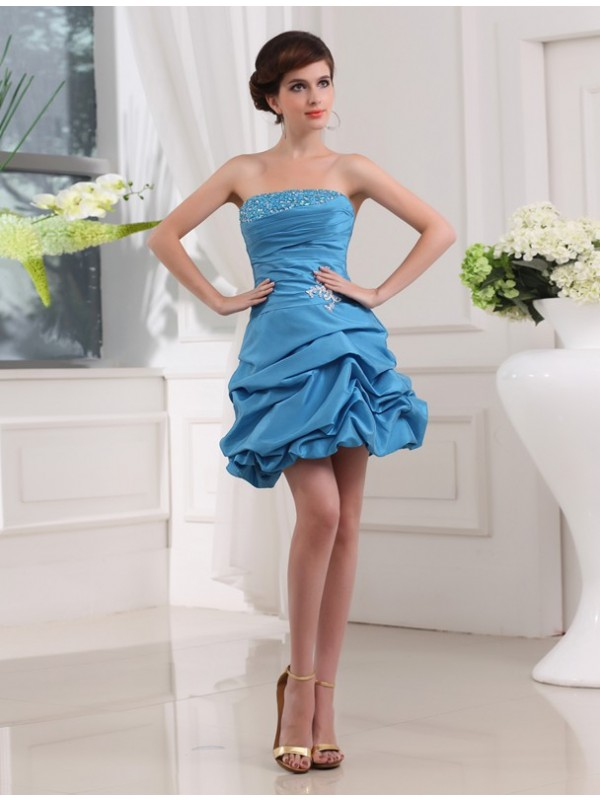A-Line/Princess Beading Sleeveless Strapless Short Taffeta Cocktail Dresses