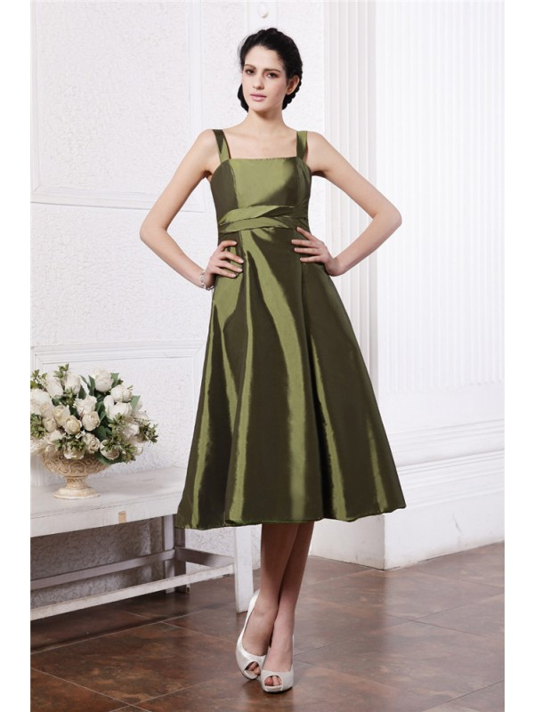 A-Line/Princess Square Sleeveless Ruffles Short Taffeta Bridesmaid Dresses
