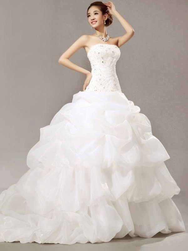 Ball Gown Sleeveless Strapless Cathedral Train Lace Organza Wedding Dress