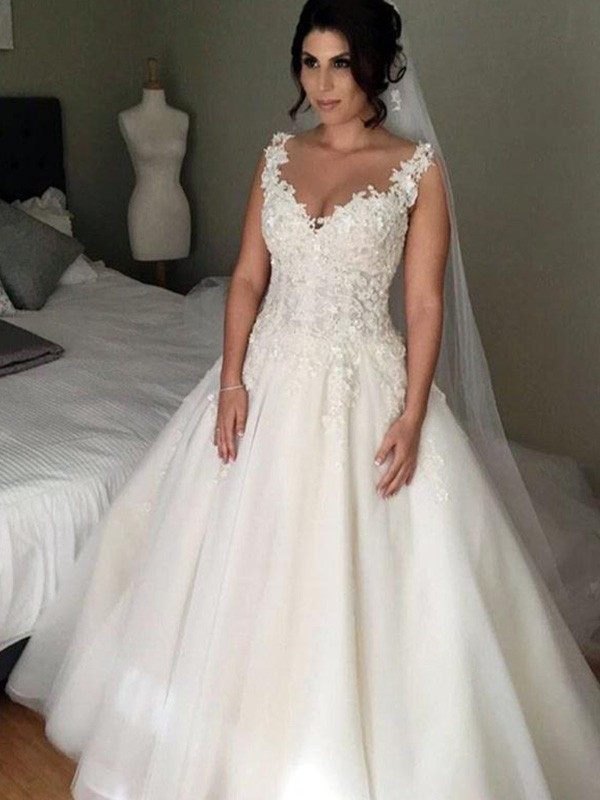 Ball Gown Sleeveless V-neck Court Train Lace Tulle Wedding Dress