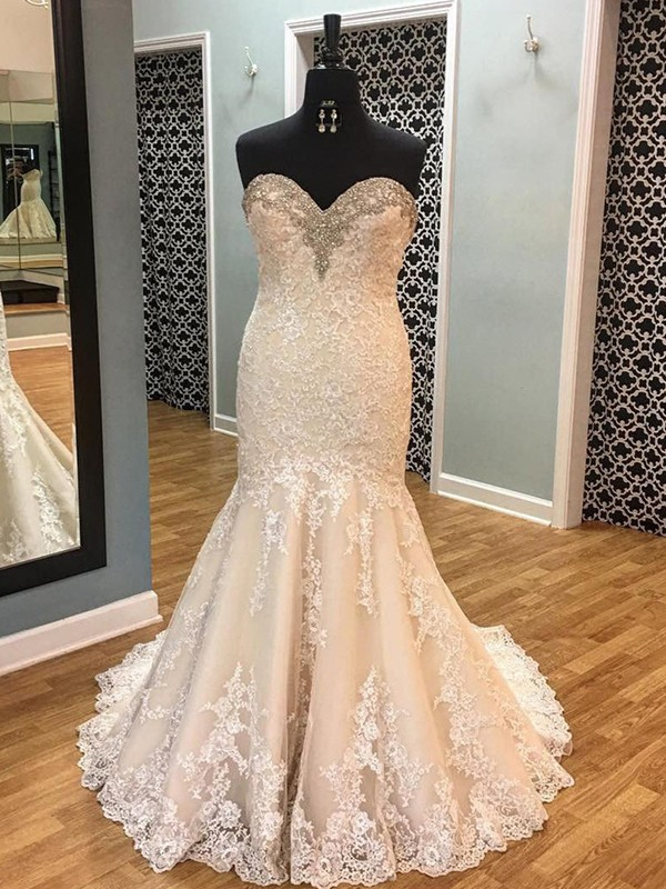 Mermaid Sleeveless Tulle Sweetheart Court Train Wedding Dress