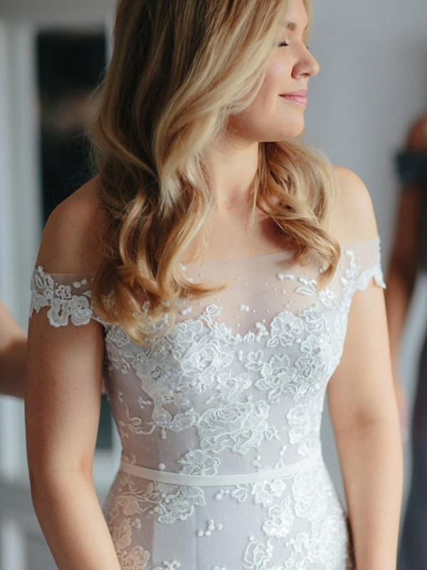 Mermaid Lace Tulle Off-the-Shoulder Sleeveless Court Train Wedding Dress