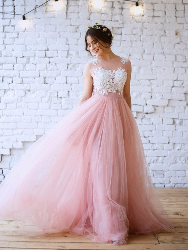 A-Line Bateau Sleeveless Sweep/Brush Train Tulle Applique Dresses