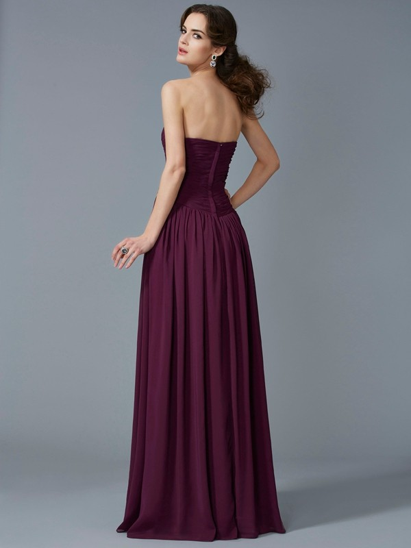 A-Line/Princess Sweetheart Sleeveless Pleats Chiffon Long Dresses