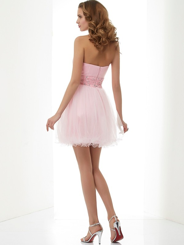 Sheath/Column Sweetheart Beading Short Elastic Woven Satin Dresses