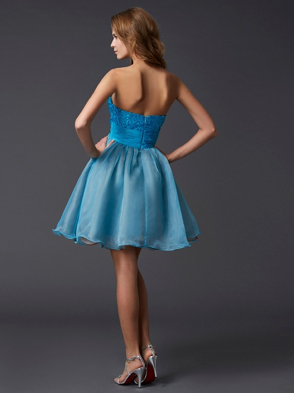 A-Line/Princess Sweetheart Sleeveless Lace Short Taffeta Dresses