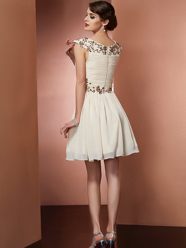 A-Line/Princess Scoop Sleeveless Beading Applique Short Chiffon Bridesmaid Dresses