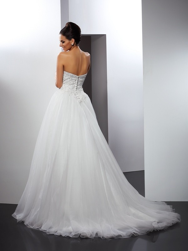 A-Line/Princess Sweetheart Applique Sleeveless Long Net Wedding Dresses