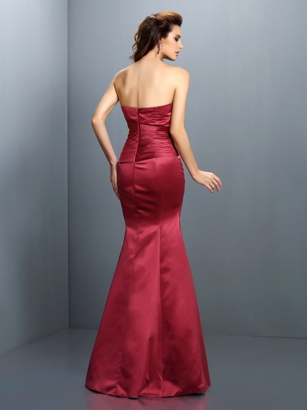 Trumpet/Mermaid Strapless Hand-Made Flower Sleeveless Long Satin Dresses