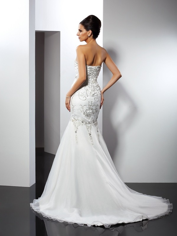 Trumpet/Mermaid Strapless Applique Sleeveless Long Satin Wedding Dresses
