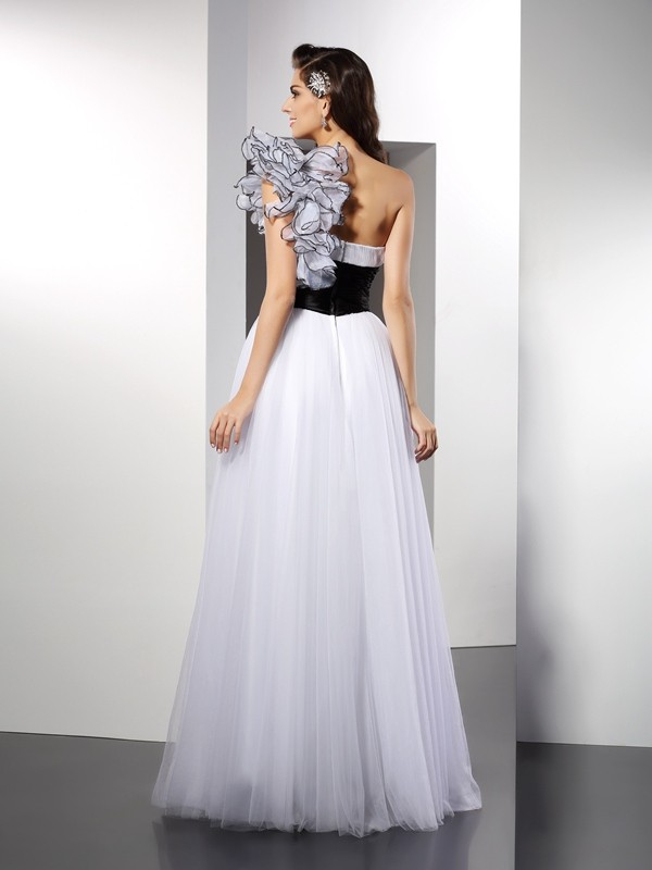 A-Line/Princess One-Shoulder Sash/Ribbon/Belt Sleeveless Long Net Dresses