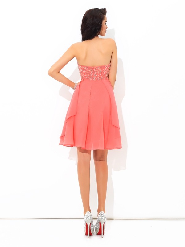 A-Line/Princess Halter Beading Sleeveless Short Chiffon Cocktail Dresses