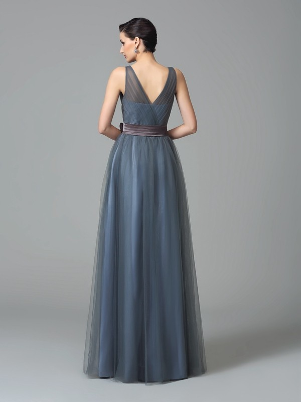 A-Line/Princess Straps Sash/Ribbon/Belt Sleeveless Long Net Bridesmaid Dresses