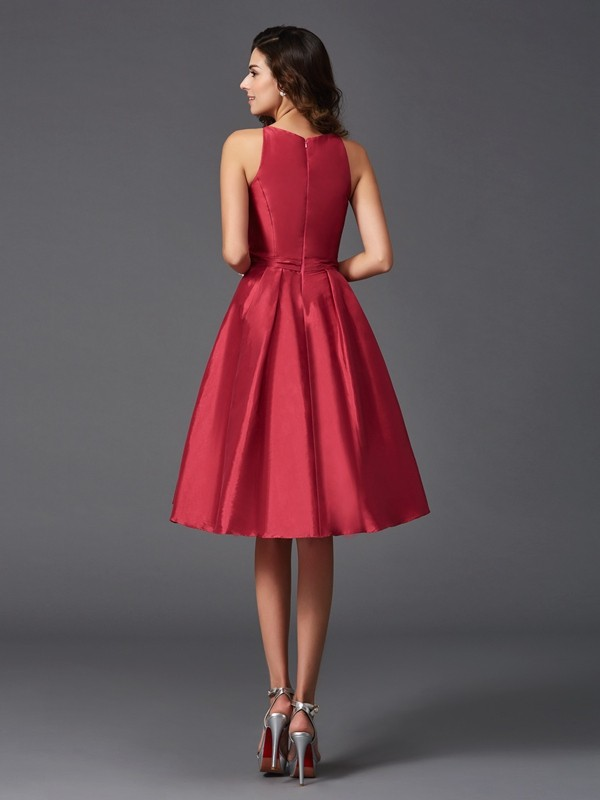 A-Line/Princess Scoop Ruffles Sleeveless Short Taffeta Bridesmaid Dresses