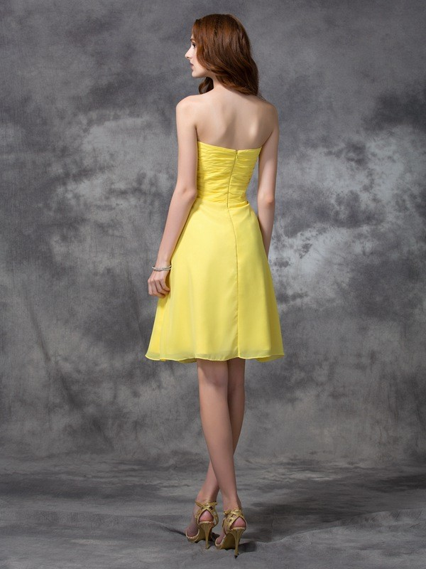 A-line/Princess Sweetheart Ruched Sleeveless Short Chiffon Bridesmaid Dresses