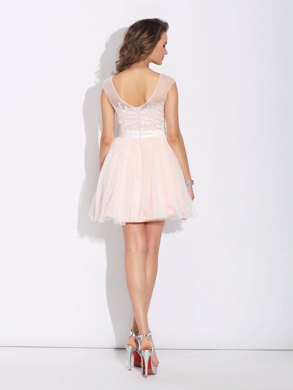 A-Line/Princess Bateau Ruffles Short Sleeves Short Net Dresses