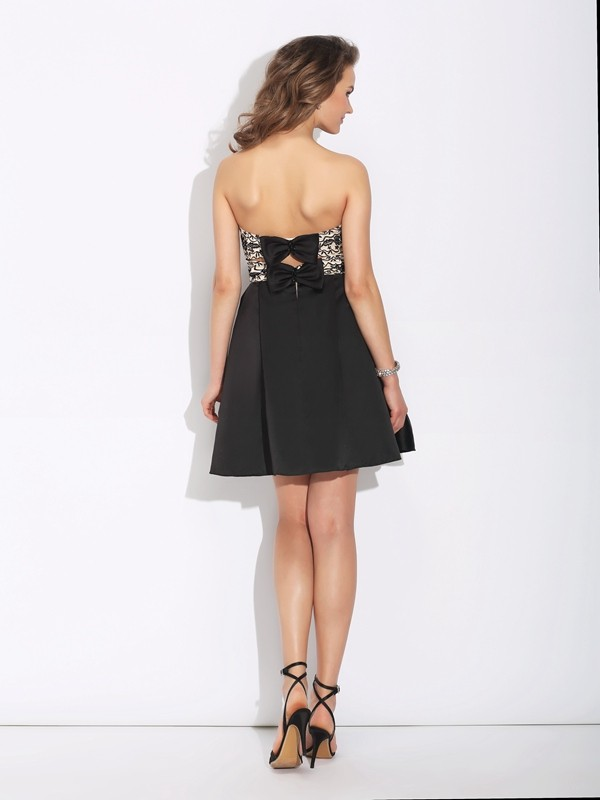 A-Line/Princess Sweetheart Bowknot Sleeveless Short Satin Dresses