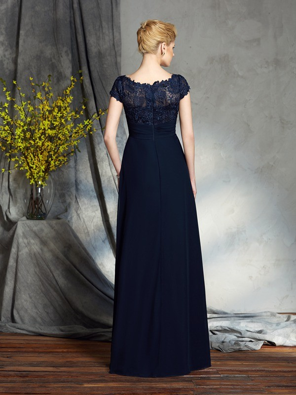 A-Line/Princess Bateau Applique Short Sleeves Long Chiffon Mother of the Bride Dresses