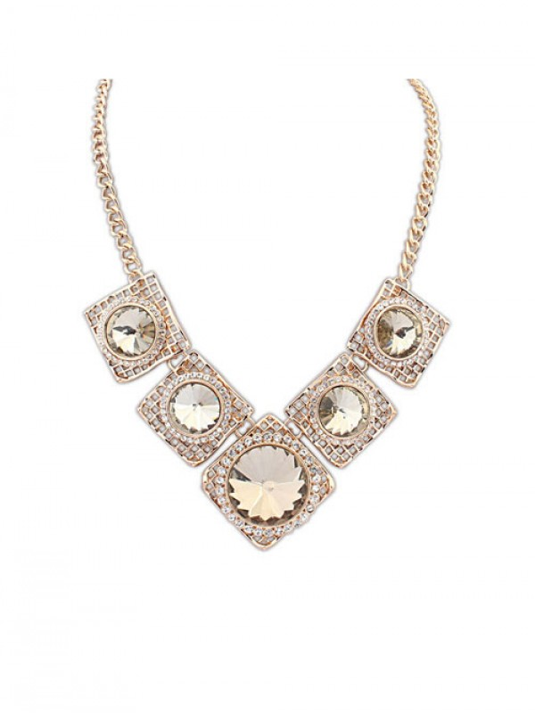 Occident Street shooting Major suit Luxurious Retro Hot Sale Necklace