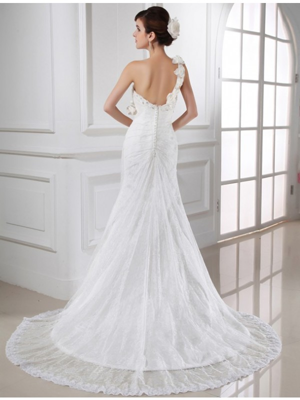 Trumpet/Mermaid Beading One-shoulder Sleeveless Lace Satin Long Wedding Dresses