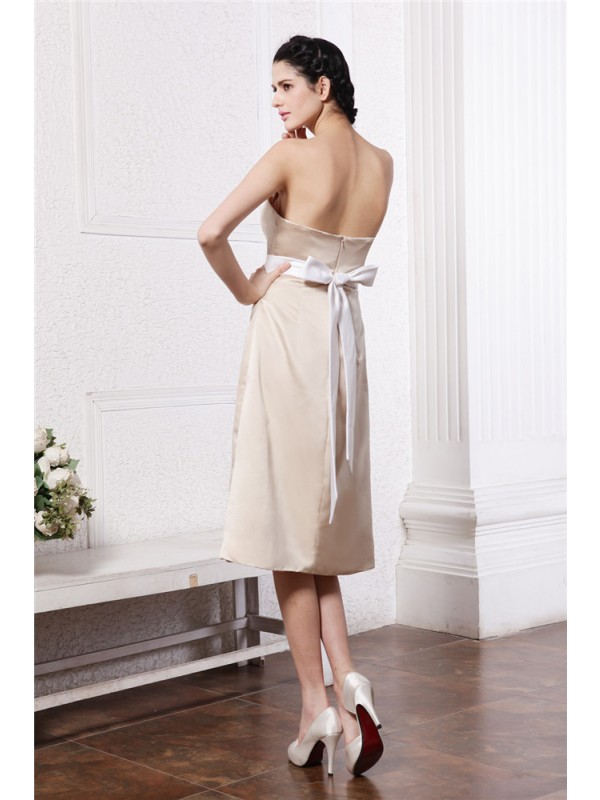 A-Line/Princess Strapless Sleeveless Sash Short Satin Bridesmaid Dresses