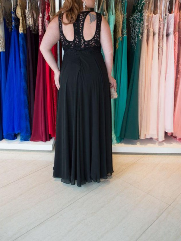 A-Line Straps Sleeveless Lace Floor-Length Chiffon Plus Size Dresses