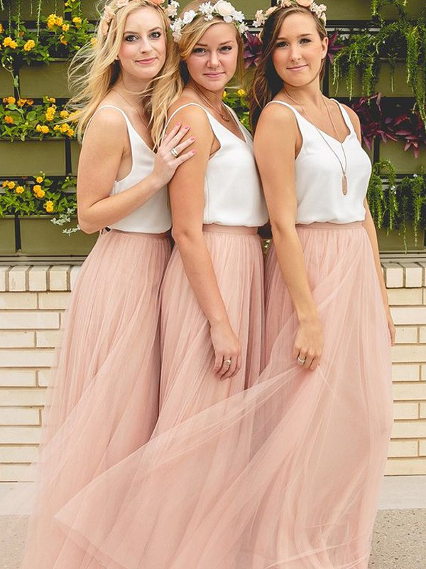 A-Line/Princess V-neck Sleeveless Floor-Length Tulle Bridesmaid Dresses