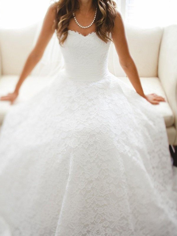 A-Line Sweetheart Cathedral Train Sleeveless Lace Wedding Dress