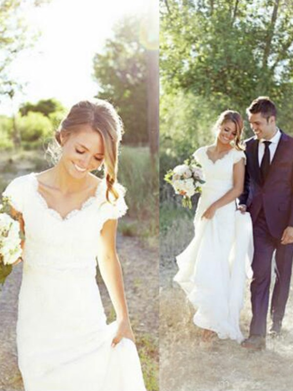 A-Line Tulle Lace V-neck Sleeveless Sweep/Brush Train Wedding Dress